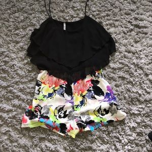 Romper Black with flowers 🌺